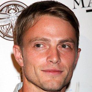 TV Actor Wilson Bethel - age: 33