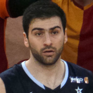 Basketball Player Kostas Vasileiadis - age: 36