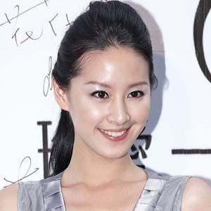 Movie actress Alice Tzeng - age: 36