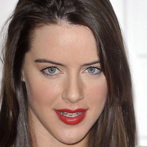 TV Actress Michelle Ryan - age: 36