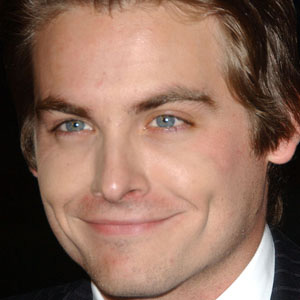 Movie Actor Kevin Zegers - age: 37