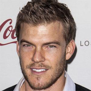 TV Actor Alan Ritchson - age: 36