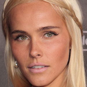 Movie actress Isabel Lucas - age: 35