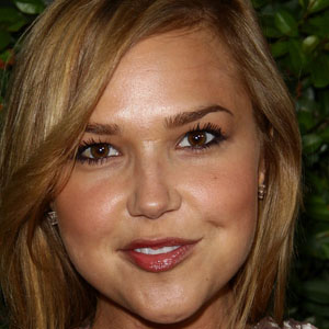 Movie actress Arielle Kebbel - age: 32