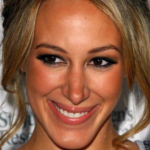 Movie actress Haylie Duff - age: 36