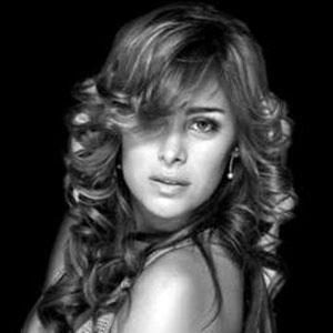 model Larissa Riquelme - age: 35