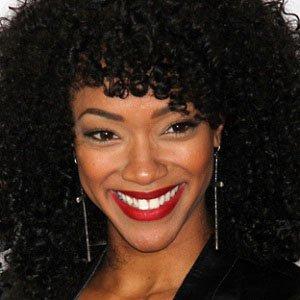 TV Actress Sonequa Martin-green - age: 36