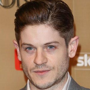 TV Actor Iwan Rheon - age: 35