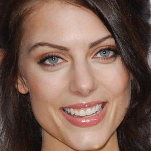 TV Actress Julia Voth - age: 35