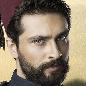 TV Actor Onur Tuna - age: 31