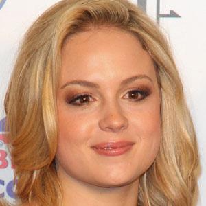TV Actress Kimberley Nixon - age: 35