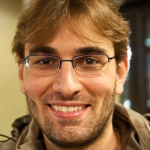 web video star Eduardo Benvenuti - age: 35