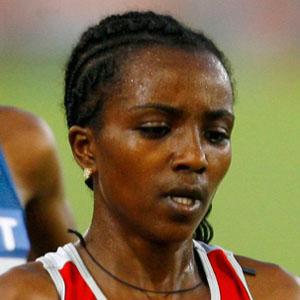 Runner Tirunesh Dibaba - age: 35