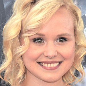 TV Actress Alison Pill - age: 35