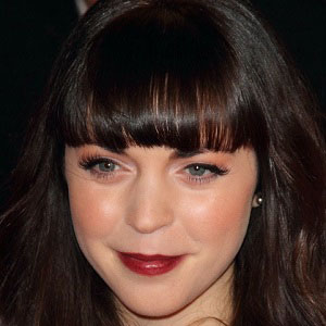 Soap Opera Actress Rachel Bright - age: 31