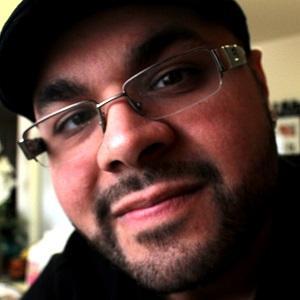Novelist Steven Daniel - age: 35
