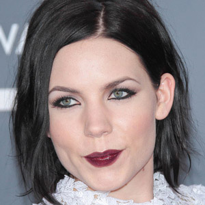 Pop Singer Skylar Grey - age: 31
