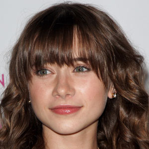 Movie actress Olesya Rulin - age: 31