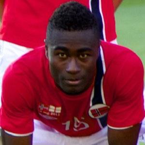 Soccer Player Alexander Tettey - age: 34