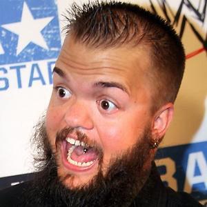 Wrestler Hornswoggle - age: 35