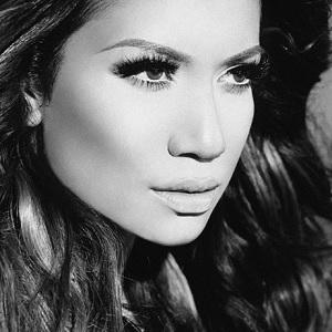 Pop Singer Jessi Malay - age: 34