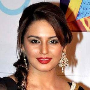 Movie actress Huma Qureshi - age: 34