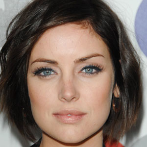 TV Actress Jessica Stroup - age: 30