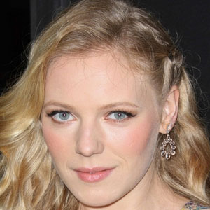 Movie actress Emma Bell - age: 30