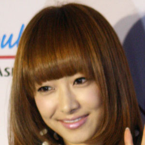 World Music Singer Victoria Song - age: 33