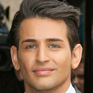 Reality Star Ollie Locke - age: 30