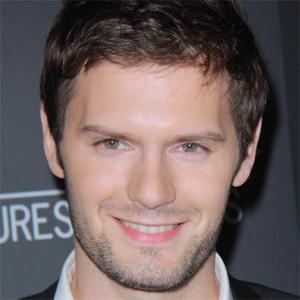 TV Actor Hugo Becker - age: 34