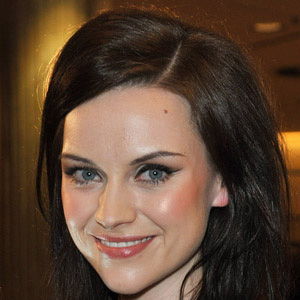 Rock Singer Amy Macdonald - age: 33