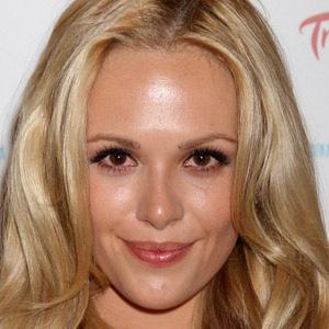 TV Actress Natalie Hall - age: 32