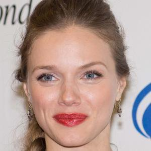 TV Actress Tracy Spiridakos - age: 33