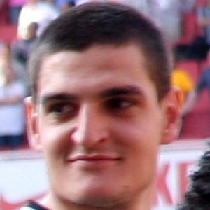 Soccer Player Vito Mannone - age: 32