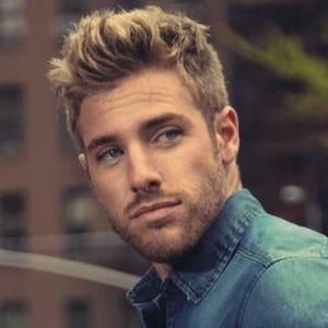 Country Singer Nate Green - age: 28