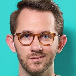 web video star Matthias - age: 32