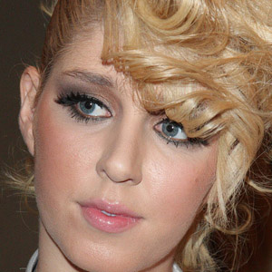 Pop Singer Esmée Denters - age: 32