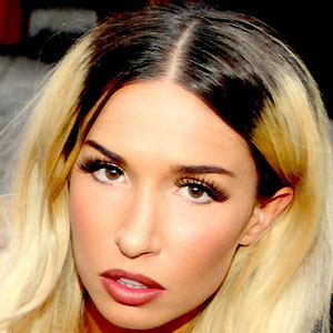 DJ Rebecca Scheja - age: 31