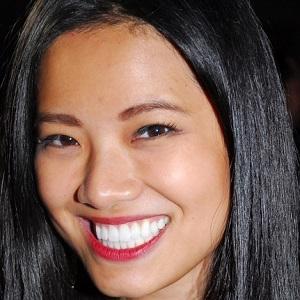 TV Show Host Xixi Yang - age: 32