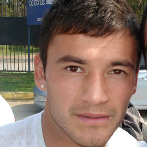 Soccer Player Charles Aranguiz - age: 31