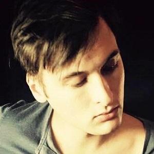 Guitarist Ryan Belcher - age: 31