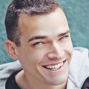 web video star Emil Conrad - age: 31
