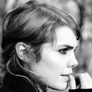 Pop Singer Beatrice Martin - age: 31