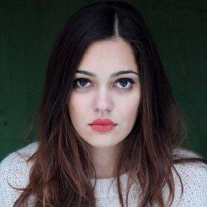 web video star Nilam Farooq - age: 31