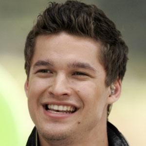 Pop Singer Zach Russell - age: 27