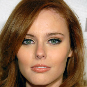 model Alyssa Campanella - age: 31