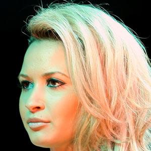 Pop Singer Mandy Capristo - age: 31