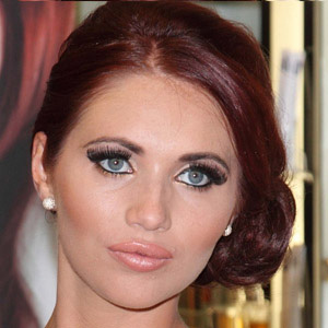 Reality Star Amy Childs - age: 30