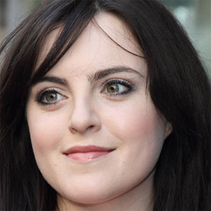 Pop Singer Niamh Perry - age: 31